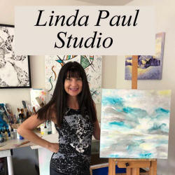 photo of artist Linda Paul